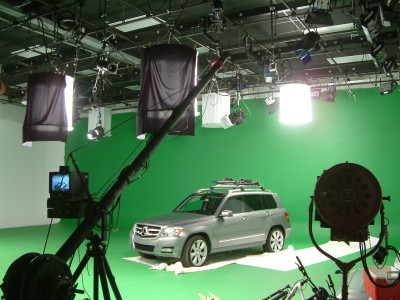 Mercedes Greenscreen and Jimmy Jib
