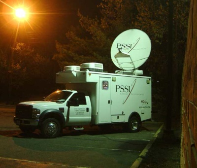 satellite truck photo